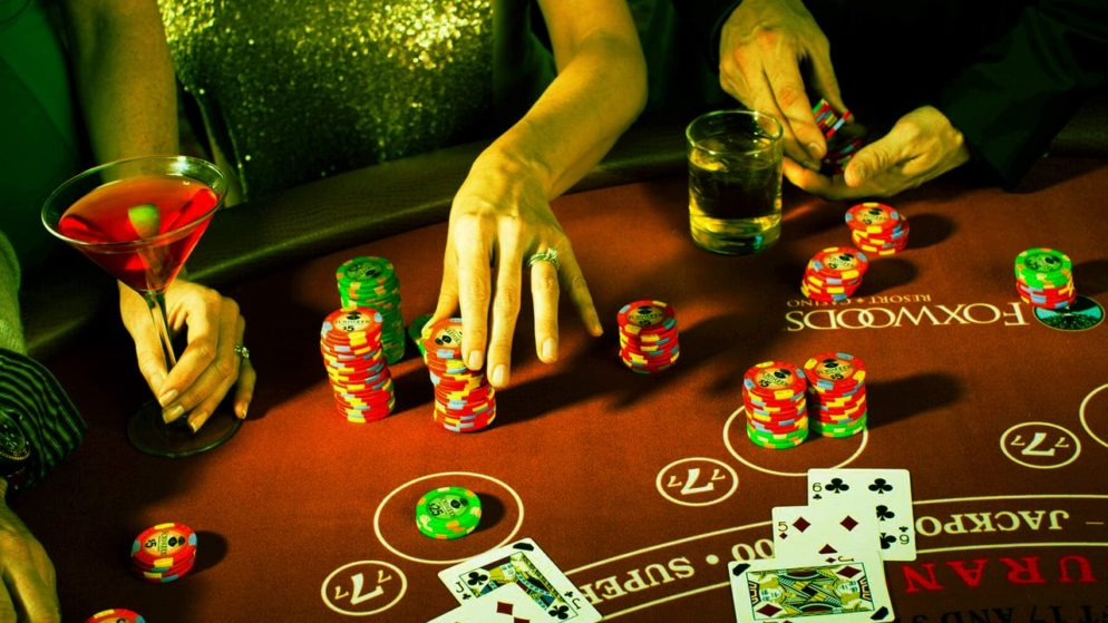 Five Qualities that are required in a Blackjack Player